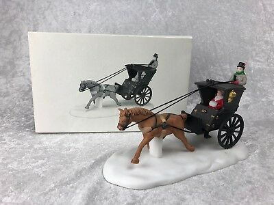 Dept 56 Dickens Village - Kings Road Cab - Item #5581-6