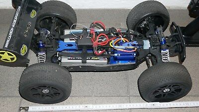 Carson FY8  4WD Brushless 1:8 RC Auto 2,4GHz  100KM/H