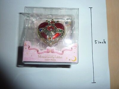Sailor Moon Miniaturely Tablet Cosmic Heart compact Red