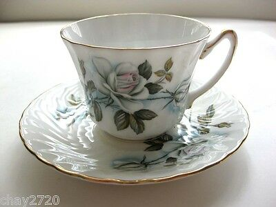 Vtg Royal Sutherland Staffordshire Fine Bone China Tea Cup & Saucer White Roses