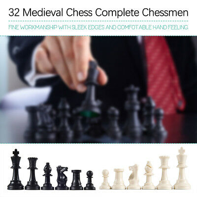 32 Medieval Chess Pieces/Plastic Complete Chessmen International Word Chess A0