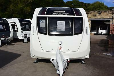 Swift Challenger Sport 514, 2014, 4 berth, fixed double bed, end washroom
