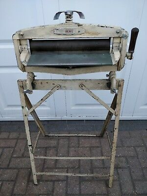Acme Mangle Rare With Original Stand