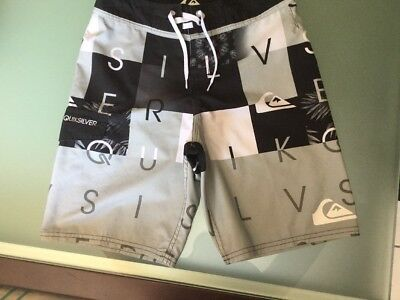 Short De Bain QuickSilver 12 Ans