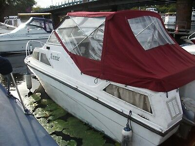Cabin Cruiser 20 Foot with Outboard on Loch Lomond