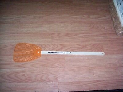 Vintage Holiday Inn Early logo advertising Fly Swatter-1970s Excellent Condition
