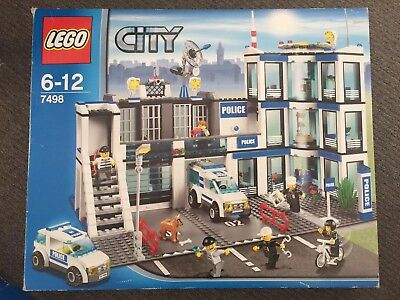 Lego City 7498 Police Station Complete With Instruction Books And
