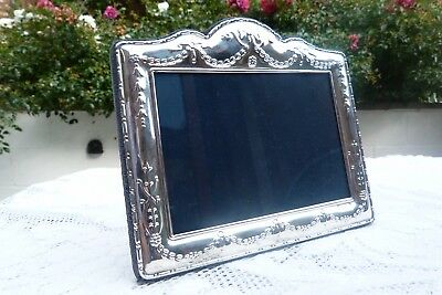 Elizabeth II Sterling Silver Photo Frame Sheffield 1994 Carr's / Neo-Classical