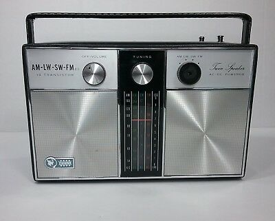 Vintage Ross Portable Radio Model RE1942 14 Transistor Twin Speaker AM FM LW SW