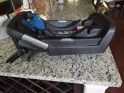 Nuna Pipa Baby Car Seat Base w/ Latch and Load Leg. Exp - October 2023