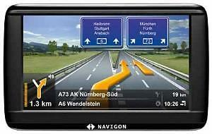Navigon 42 Easy Navigationssystem TMC, Sprachausgabe, Clever Routes, Real View