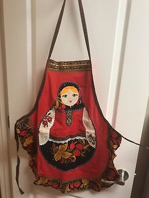 Traditional Russian Matryoshka Doll Style Red Apron Cooking Kitchen Decor Pocket