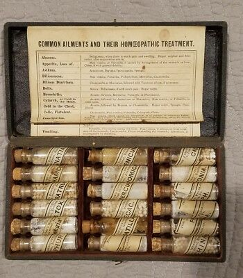Antique Medical Apothecary Kit Doctors  Pharmaceutical Drug Case Homeopathic