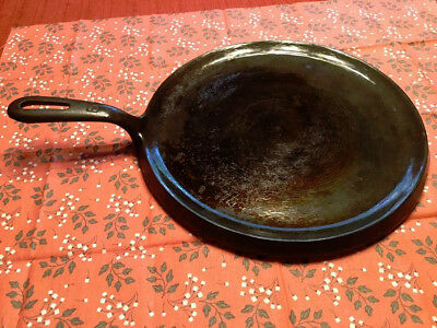 Vintage Cast Iron Round Griddle #6 Made In The USA