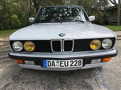 1985 BMW 5-Series 528E DROP DEAD GORGEOUS RESTORED E28 EURO BUMPERS AND LIGHTS 5 SPEED MANUAL NO ISSUES