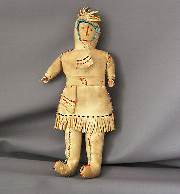 * Antique Plains BEADED Native American Indian Doll First Nations VINTAGE *