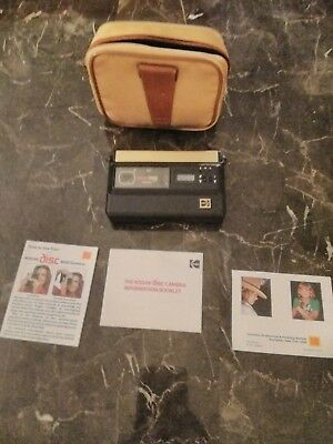 Vintage Kodak Disc 8000 Camera  with carrying case and book works pre owned