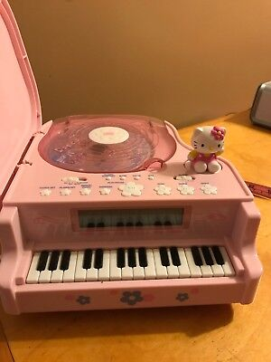 Sanrio Hello Kitty Piano Stereo Cd Digital Clock Radio  T9