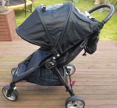 Baby Jogger City Mini 4 Wheel Stroller Black - Excellent Near New Condition