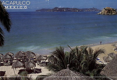 Mexico  -  Acapulco - View of sunny Condesa Beach - Pacific coast  -  1990