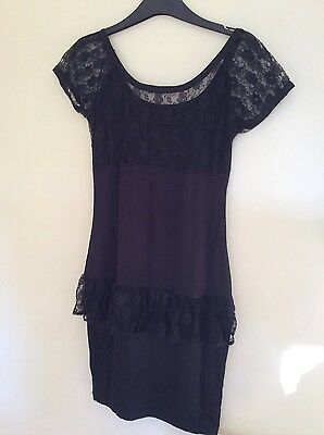 Ladies/Womens Black Fitted Lace Stretch Dress with Frill - Size 8-10 (S/M)