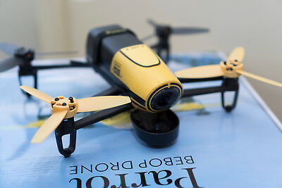 Parrot Bebop 1 Drone 3 Batteries Spare Propellers (Yellow)