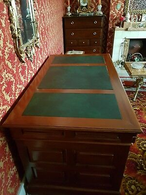 Brand new writing desk with green leather inlay on top. Comes apart in 3 sec: