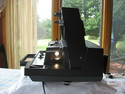 Kodak Instamatic M70 Projector great condition, original manual, working bulb