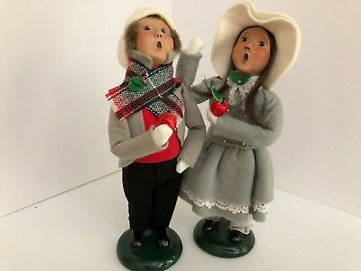 Byer's Choice Carolers