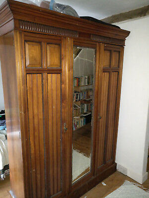 Antique Victorian Mahogany Large Wardrobe, 3 doors, central mirror. 4 shelves.