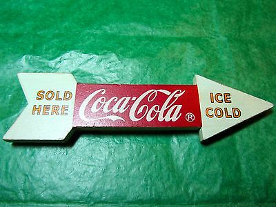 Vintage Ice Cold Coca Cola Sold Here Arrow Shape Magnet  (#485)