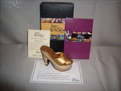 Willitts Just The Right Shoe by Raine ©1999 Magnetic Allure 25023 w Original Box