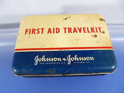 Johnson & Johnson Vintage FIRST AID TRAVEL KIT 1952? WITH STUFF IN IT! 722