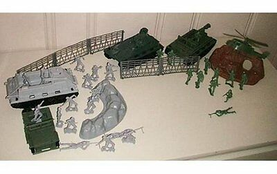 MPC WWII Playset US German Infantry 1/32 Toy Soldier Vehicles