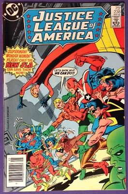 JUSTICE LEAGUE OF AMERICA 238 May 1985 9.0-9.2 VF+/NM- DC - NEWSSTAND EDITION!!!
