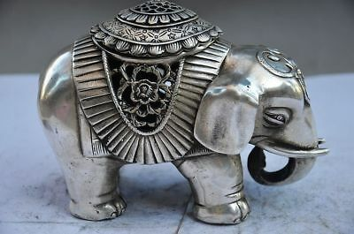 COLLECTIBLE CHINESE OLD COPPER PLATING SILVER HANDWORK ELEPHANT STATUE d02