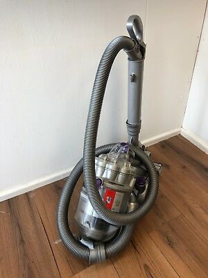 Dyson Dc08  - Cylinder Vacuum Cleaner * Great For People With Pets *