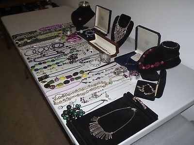 Large Job Lot Of Vintage & Costume Jewellery Necklaces Bracelets Earring (N)