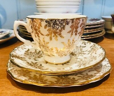 Vintage Royal Vale 'gold' trios unused fabulous condition
