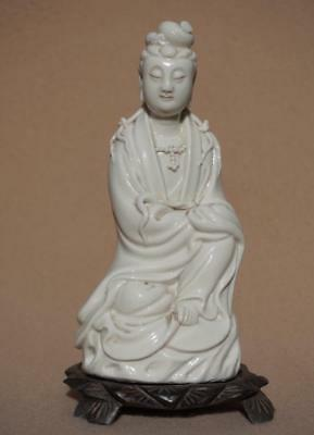 Fine Chinese Blanc De Chine Figure of Guanyin, late 19th / 20th Century.