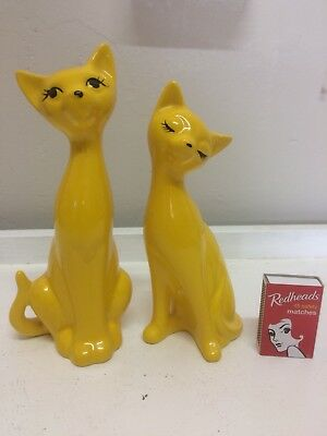 Vintage cat salt & pepper shakers , Yellow, Kitsch 60s 70s Japan Napco Style