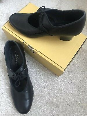tappers and pointers tap shoes Leather Size 6