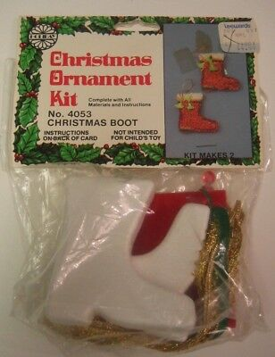 Vintage Holiday/LeeWards CHRISTMAS BOOT Beaded Sequin Ornament Kit ~ Makes 2