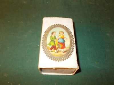 Rare And Hard To Find Late 1800S Early 1900S  Box With Popping Out Litho Faced D