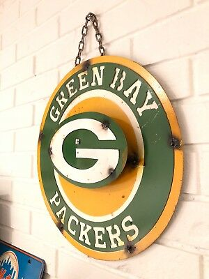 "Green Bay Packers Retro Distressed Metal 14"" Round Logo Sign - Vintage Looking"