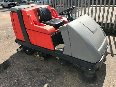 HAKO Scrubmaster B310 RCL Ride on Scrubber dryer sweeper electric Yr2014 cleaner