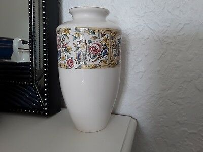 """Hornsea Pottery England""""chelsea"""" Vase 8 1/2""""high,1991,,chintz,retro,immaculate"""