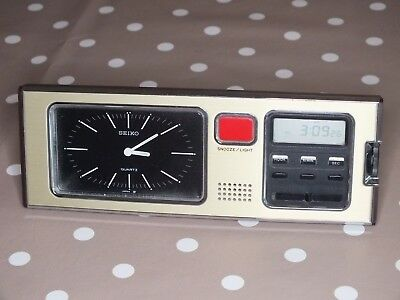 Vintage Seiko Analog And Digital Watch SP304F Alarm Clock Bedside Table Clock