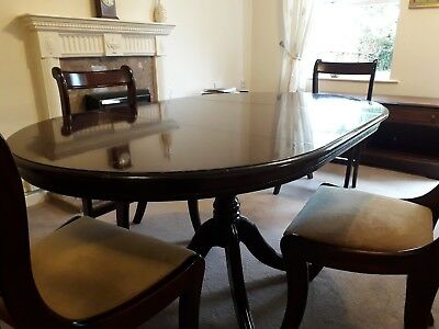 Extending Mahogany Dining Table and 4 Chairs