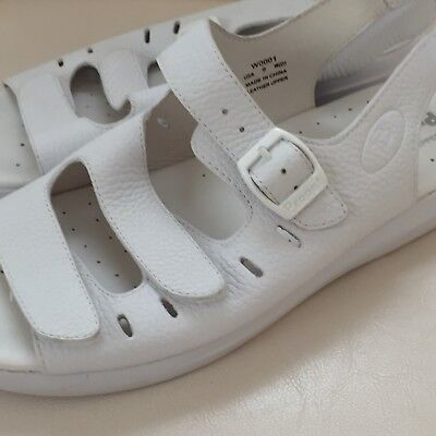 64e02f8c8ee PROPET Breeze Women s White Leather Strappy Slingback Sandals Size 9 W